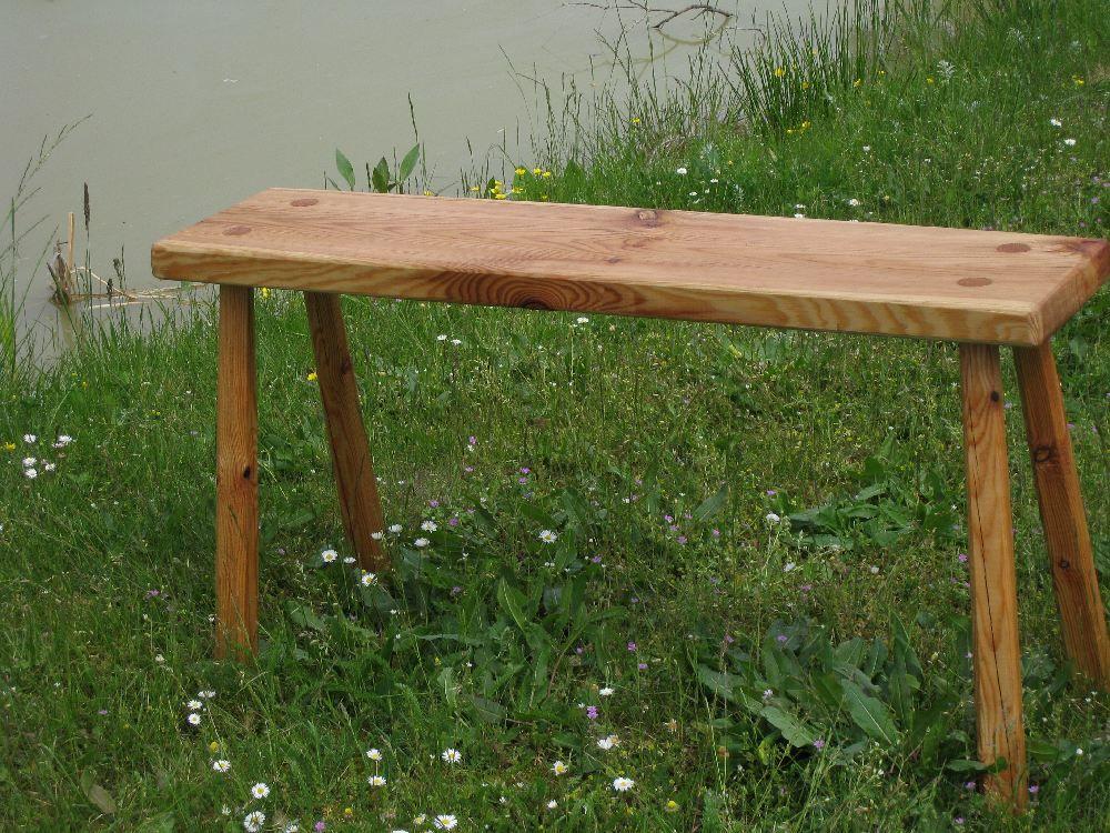 Massive Holzbank ist tolle design für ihr haus ideen