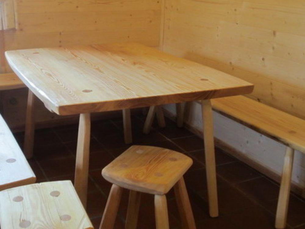 Atemberaubend schwerer massiver Tisch 120x80 mit Unterzug ( märkische Kiefer &IE_03