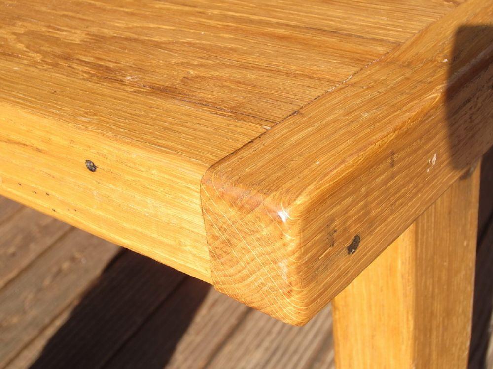 kleiner altholz eichentisch 90x100 spiel holz. Black Bedroom Furniture Sets. Home Design Ideas
